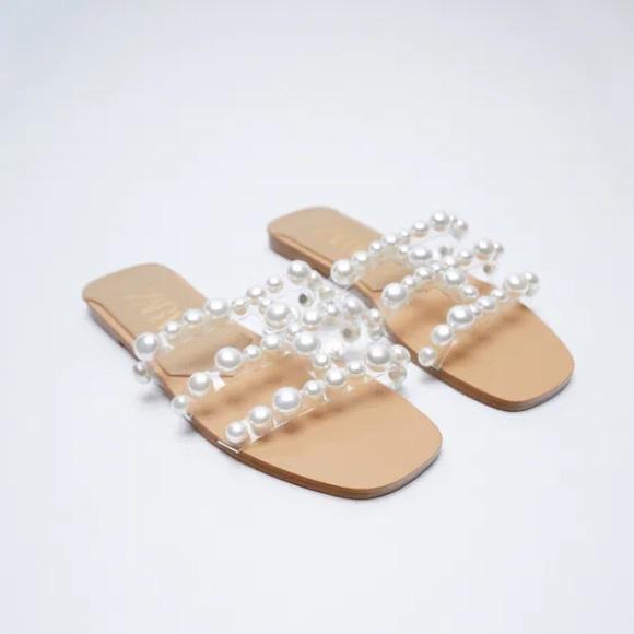 ZARA FLAT VINYL PEARL BEAD SANDALS  Size 38 or 7.5